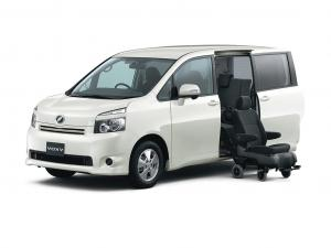 Toyota Voxy II R70 (2007-2013)(8 мест) комплектация с салазками